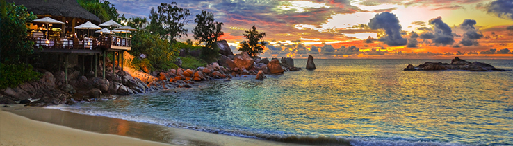 Beach restaurant Praslin - Seychelles Banner